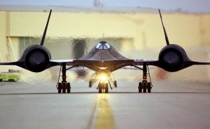 picture of a stealth bomber