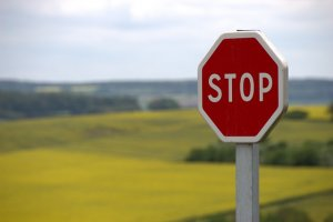 picture of a stop sign